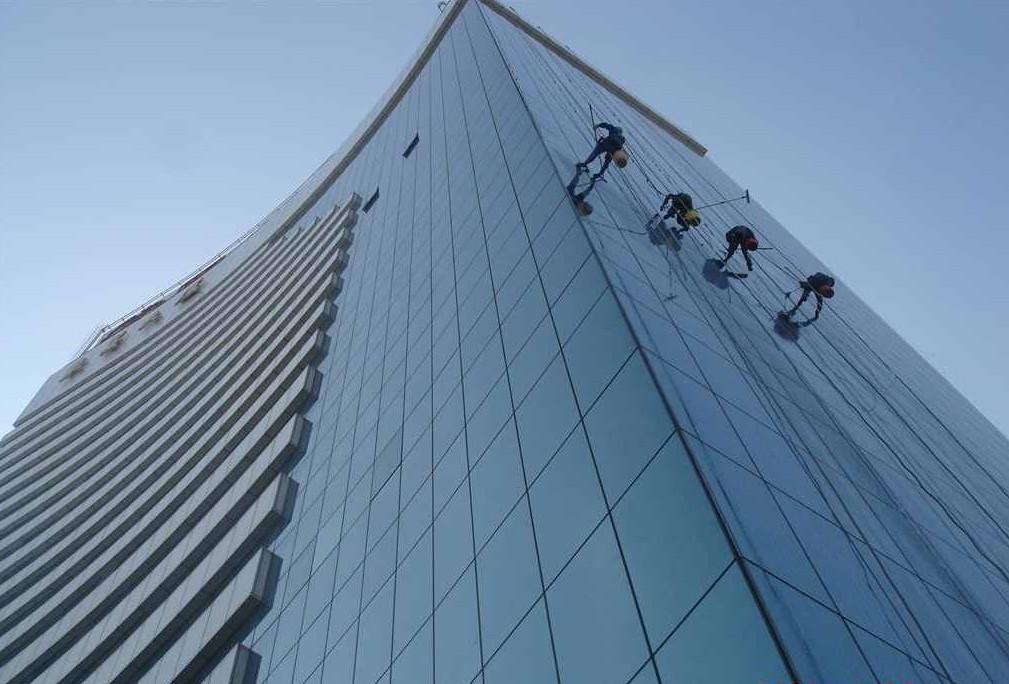 玻璃外墙万博体育manbetx官方网